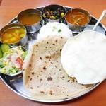 南インド料理 マハラニ - 南インド定食¥1190