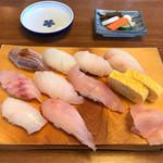 こうげん寿し - 地魚握り9貫  2100円