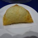 パセット - パンザロッティー 激アツ揚げピザ