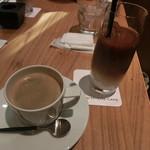 66325340 - ホットコーヒー&アイスカフェオレ