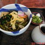 そば辰 - 山菜そば \850