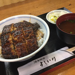 よしいけ - 料理写真:うな丼 上 ¥1900