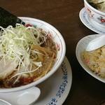 五百川食堂 - こってり醤油ねぎらーめん 半チャーハン。