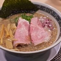 セアブラノ神(開店レセプション)@壬生相合町:背脂煮干しそば(呈蒟蒻)-セアブラノ神 壬生本店