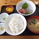 小川港魚河岸食堂 - 生桜えびしらす定食