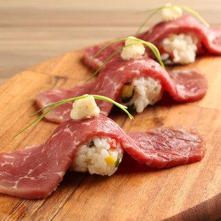 【希少部位多数!】10種のステーキ&牛生ハムの手毬寿司☆