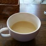 カフェ プース - サツマイモのスープ