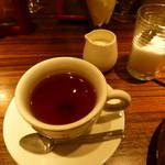 オステリア・エ・バール・ピウ - 紅茶