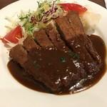 洋食レストラン 犇屋 - ビーフカツ