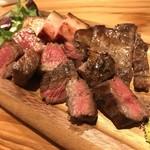 炭焼ごちそう肉バル ぴたり - 肉炭火焼き盛り合わせ