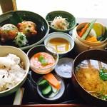 いいかふぇ - いい御膳セット¥1200(税込)週替り ドリンクとデザートが付きます。