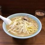 前川 - サッポロ味噌ラーメン520円