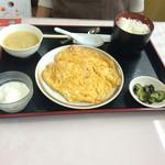 麻婆菜館 - Bランチ740円、ラーメン屋より安いです。       ふわふわ杏仁は陳建一がこの店の厨房で直伝!