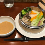 66362178 - 中華ビストロランチ の 野菜のセイロ蒸し