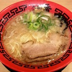 麺堂 香 - とんこつラーメン(580円)