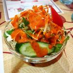 ニューサラティー - お店からのサービスのサラダ!(^○^)