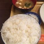 三福亭 - ライス(大盛) + みそ汁