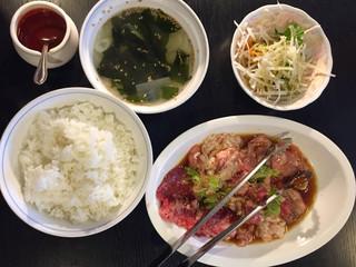 焼肉園 花牛 清田本店 - 大盛焼肉大会ランチ  1380円
