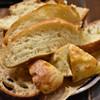 ルーエプラッツ ツオップ - 料理写真:パンの盛り合わせ