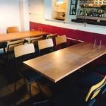 テンプラ ワバル - テーブル席