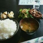 延火 - 料理写真:炭火焼き鳥ランチ 650円