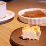 カフェ ストウブ - ニセコチーズ工房さんのチーズ 雪華(パパイヤ・パイナップル)