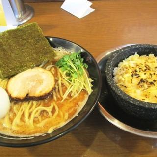 ら~めん のとやま - 料理写真:ズバッと千円セット