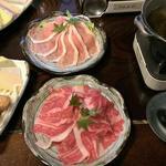 町屋 清水庵 - 2色鍋ですが同じ出汁 (鰹だし)
