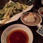 おばん菜 さけ 田 - 山菜の天ぷら