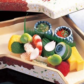 四季の移ろいを大切にした旬の美味しさを、伝統の技で味わえる