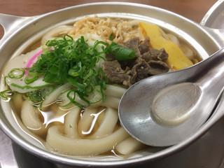 ことり - 松山名物 鍋焼きうどん。550円です。