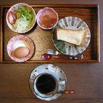 あんみつ - 料理写真:モーニング(コーヒー(ホット))(350円)(2010/10/09)