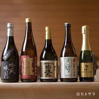 屋号の由来となった『白鷹』を中心に広島の銘酒が脇を固める