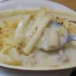 ミツワグリル - マカロニが長くて食べづらい
