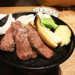 66396178 - 特選牛と春野菜の陶板焼き