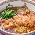 魏飯吉堂 - 横浜中華街発の料理『排骨麺(パイコーメン)』