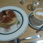 カフェ&パンケーキ gram - ティラミスのパンケーキ 950円