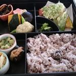 圓教寺会館 - 料理写真:幕の内弁当 1620円