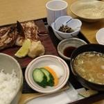 66401476 - 甘鯛のかぶと焼定食