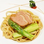 SUN TUNG LOK CHINESE CUISINE - 鮮蘆筍鴨肉燴闊麵