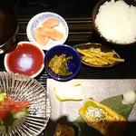 粋和食 つくし - つくし定食990円(税別)