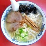 札幌ラーメン元祖自家製麺 王香 - 塩ラーメンのアップ
