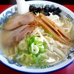 札幌ラーメン元祖自家製麺 王香 - 塩ラーメンのドアップ