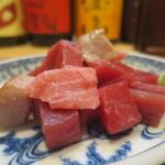 鮨國 - 天然本マグロぶつ刺身アップ