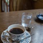 若生 - 桌上(つくゑのうへ)に咖啡(こおふィ)