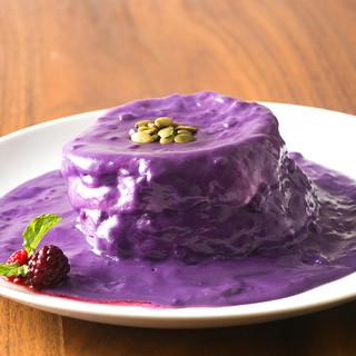 美容効果抜群!!あのTVで話題の紫色のパンケーキ!!