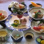 喜八荘 - 料理写真:季節会席