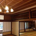66424904 - 旧前田侯爵邸和館は欄間が美しかったです