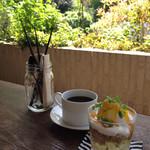 ブンダン - 檸檬パフェ&コーヒー