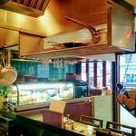 サル バリ - オープンキッチン